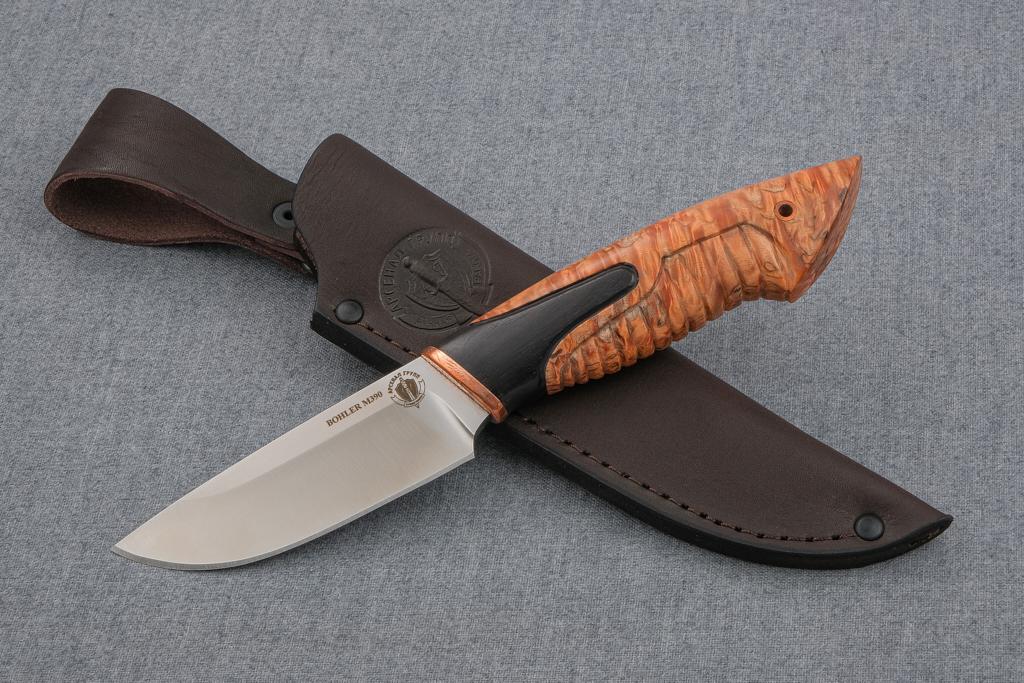 """Нож """"Бобр-2"""" (BOHLER M390 MICROCLEAN, стабилизированная карельская береза, граб, резьба)"""