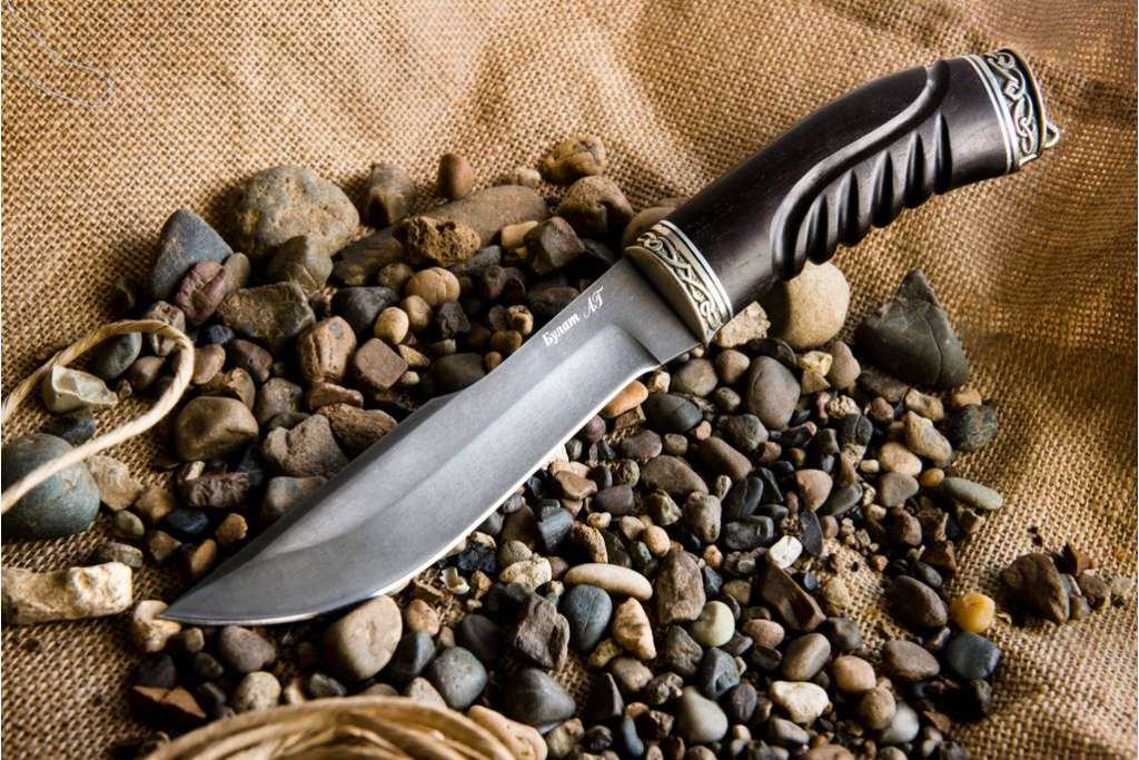 """Нож """"Медведь"""" (Булат, художественное литье, граб, резной)"""