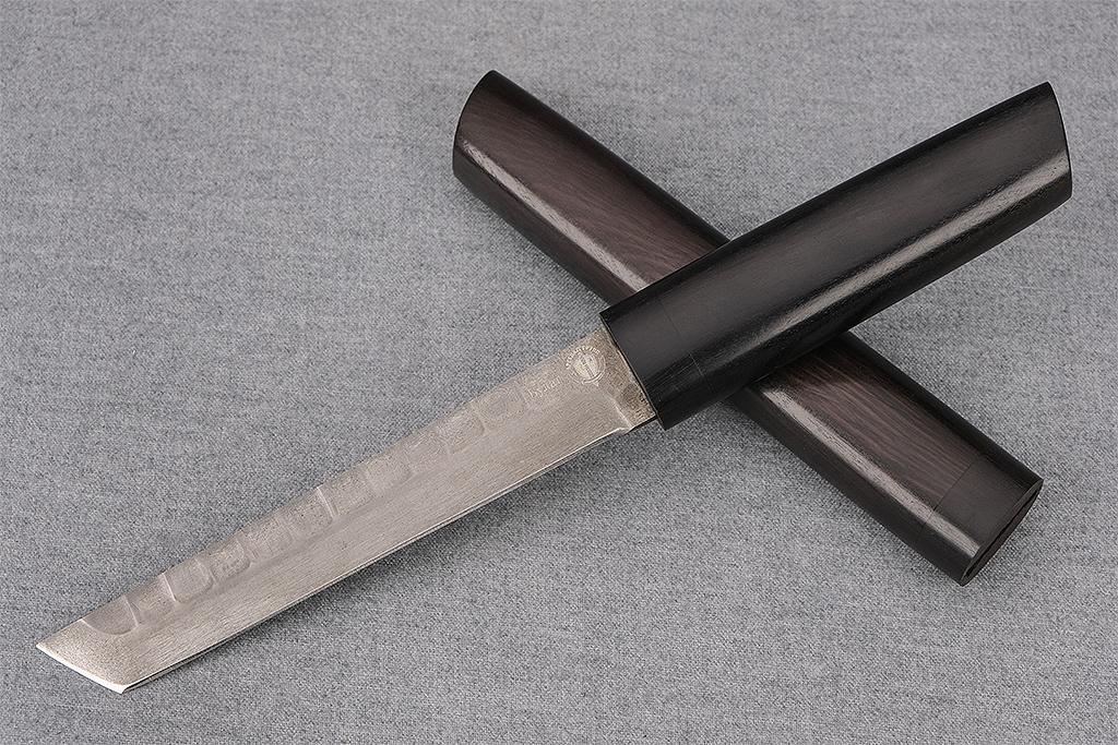 """Нож """"Танто"""" (Тигельный булат, художественное оформление под камень, деревянные ножны граб)"""