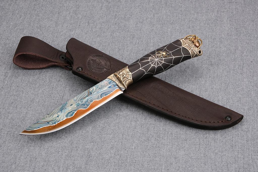 """Нож """"Финский-2"""" (ламинированная сталь, литье мельхиор, инкрустация серебро, граб)"""