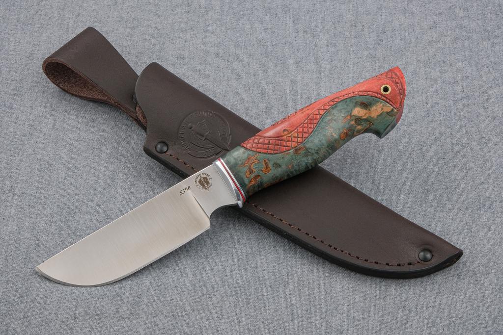 """Нож """"Бизон"""" (S390, стабилизированная карельская береза, резьба)"""